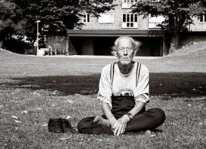 1024px-Meditation_-_Malmö-1983-300×217