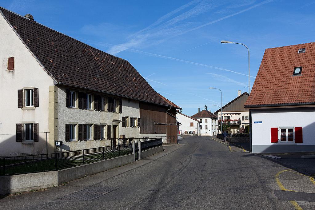 2015-Bourrignon-Dorfzentrum