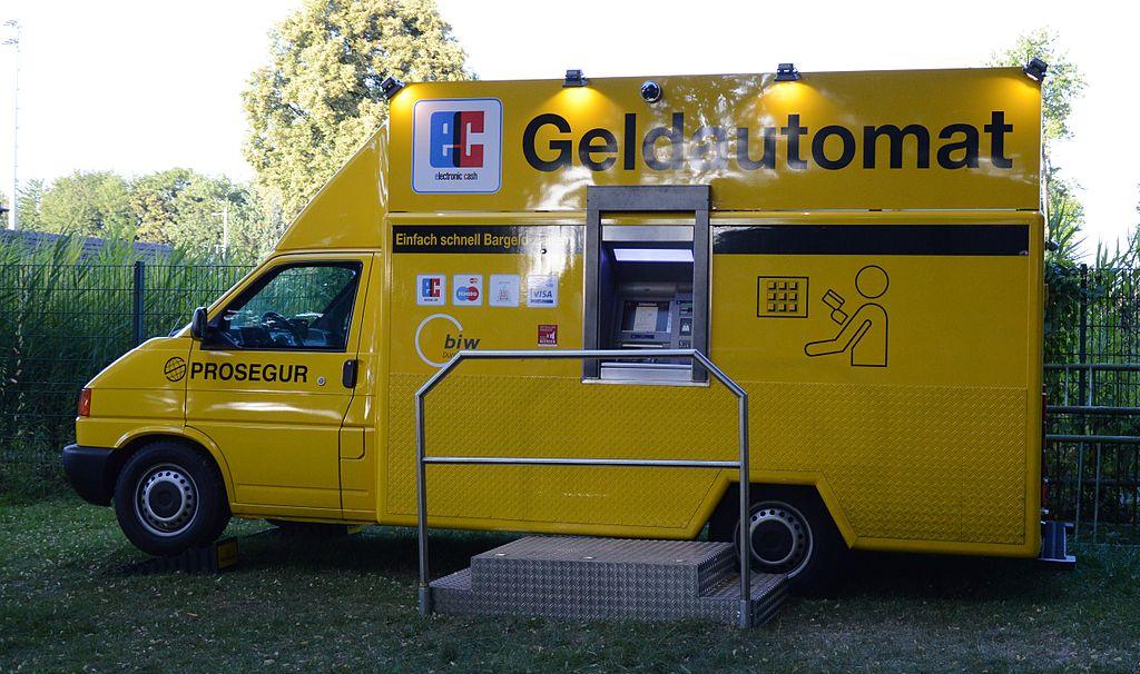 1024px-Mobiler_Geldautomat
