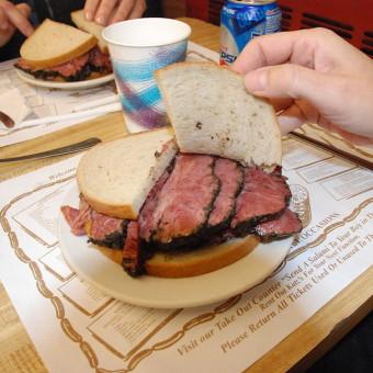 1024px-Pastrami-Sandwich-340×340