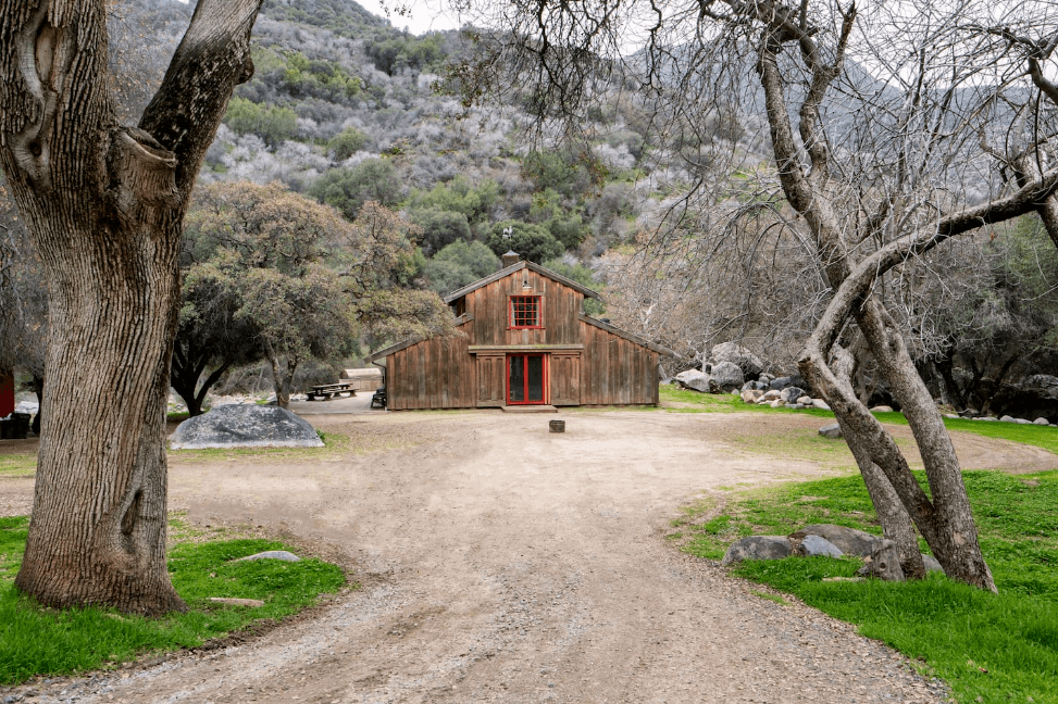 Sequoias_Farm_House_