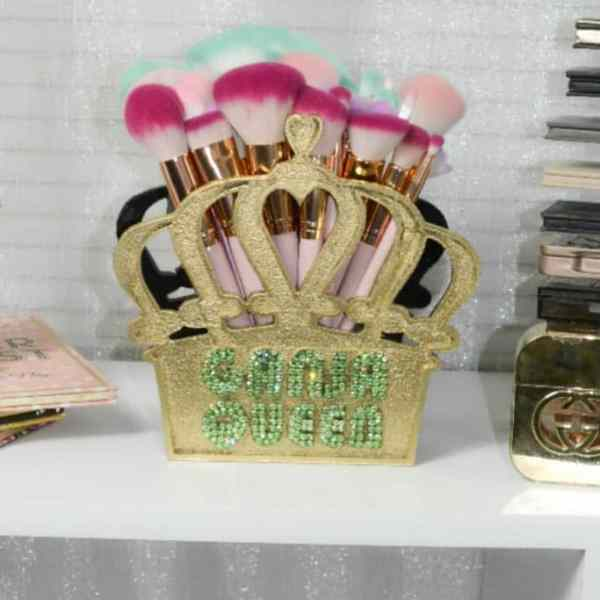 crown limited edition brush holder
