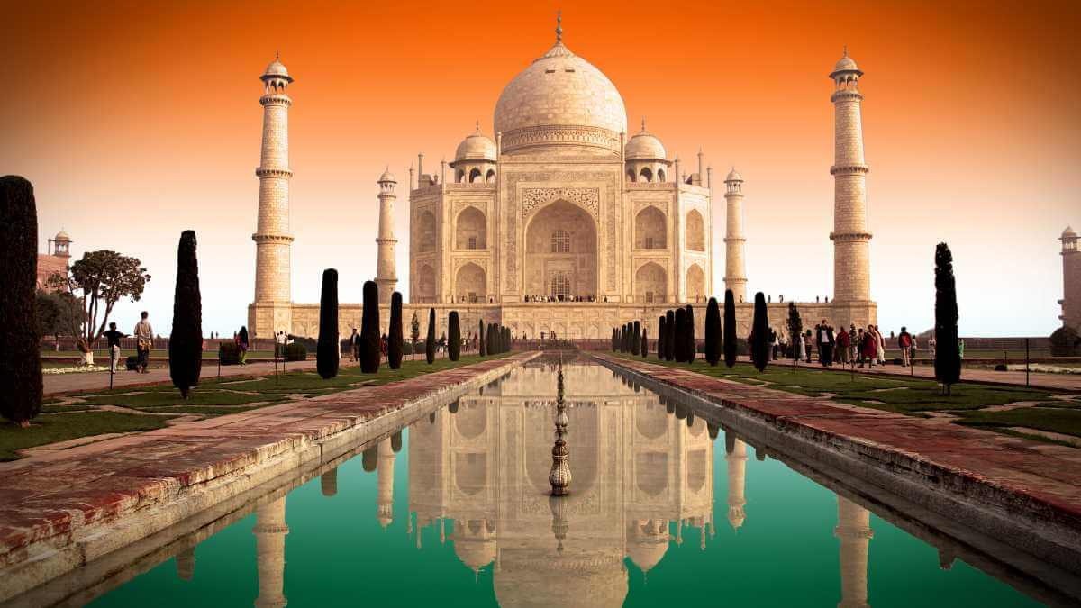 Taxi from Jaipur to Agra