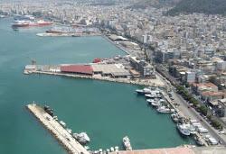 Πωλείται το λιμάνι Λαυρίου