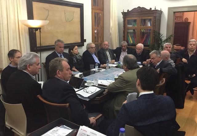 Σύσκεψη για το ιδιοκτησιακό – δασικό στον Δήμο Λαυρεωτικής – Μήνυμα συνεργασίας και συνεννόησης των πολιτικών και τοπικών δυνάμεων της περιοχής.