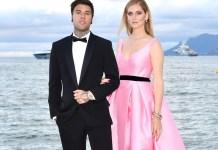 oι-πασίγνωστοι-celebrities-που-επέλεξαν-την-Ελλάδα-για-τις-διακοπές-τους-φέτος