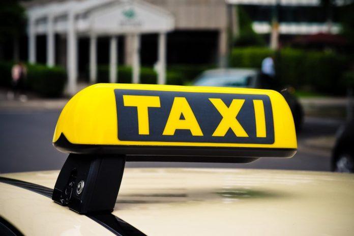 Ποιες-είναι-οι-τιμές-των-ταξί-για-διαδρομές-εντός-Αττικής;