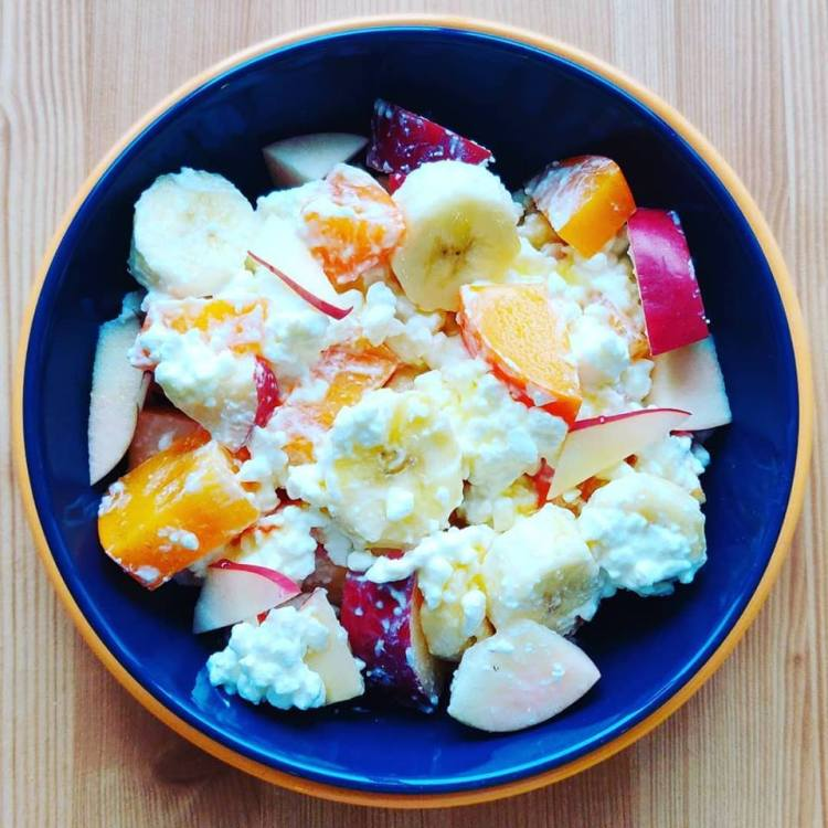 Tremendous Fruits And Cottage Cheese Breakfast Bowl Download Free Architecture Designs Scobabritishbridgeorg