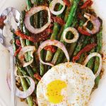 Easy Lentil Salad with Asparagus & Sun Dried Tomato | #weeknightmeals