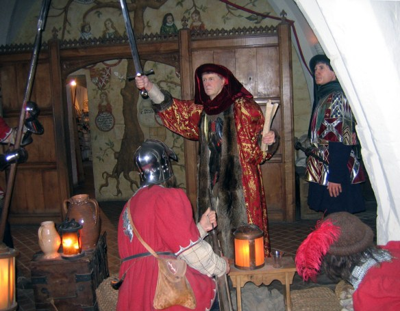 warwick-castle-re-enactment-s
