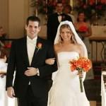 7 Ways A Husband Can Keep His Wife Happy