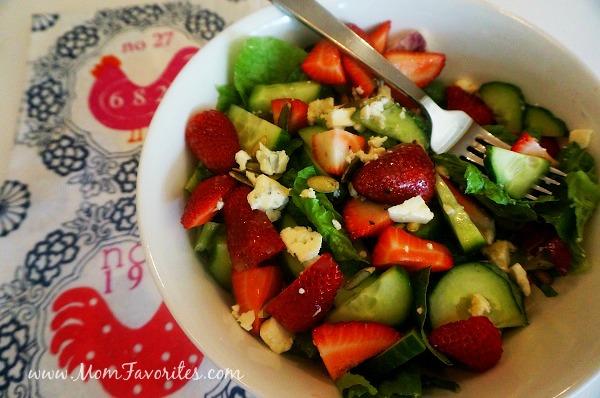 spring strawberry salad