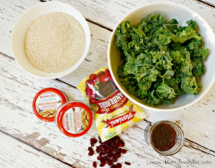 This Quinoa and Kale Salad recipe featuring Bumble Bee Tuna is a healthy recipe addition for busy moms trying to keep those New Year Resolutions!