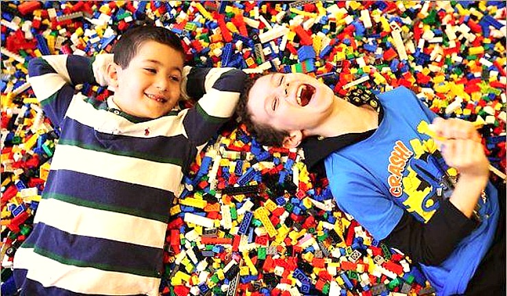 BrickUniverse Lego Event is coming to Raleigh, NC in March 2015! Perfect for young Master Builders!
