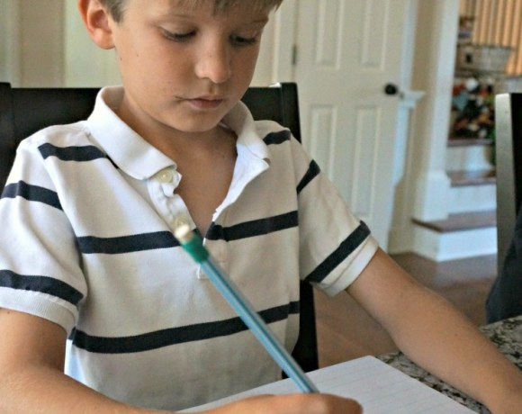 Get your kids ready for back to school with these tips for improving handwriting - perfect for elementary schoolers.