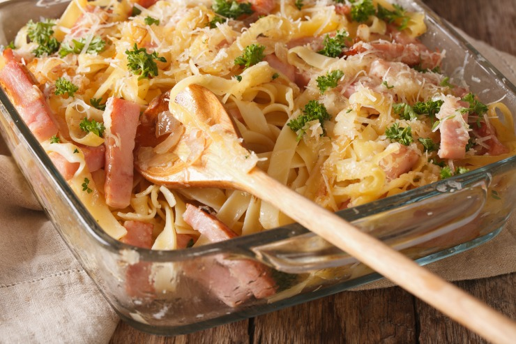 Make the most of your leftovers this holiday season with this easy Garlic Parmesan Pasta Bake with Ham. Turns your Spiral Ham centerpiece into a winning comfort food casserole the next day!