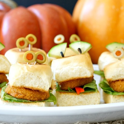 Looking for a 'Mummy'-approved Halloween treat? These Halloween Chicken Nugget Sliders with monster eyes are the sandwich for the season!