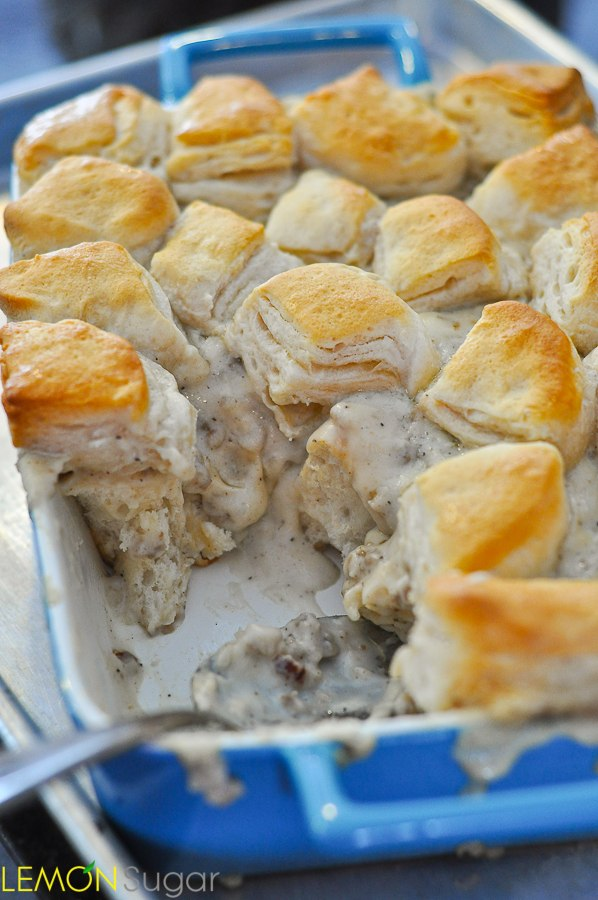 Biscuits-and-Gravy-Casserole