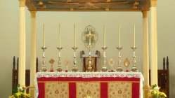 El altar de la Santa Misa