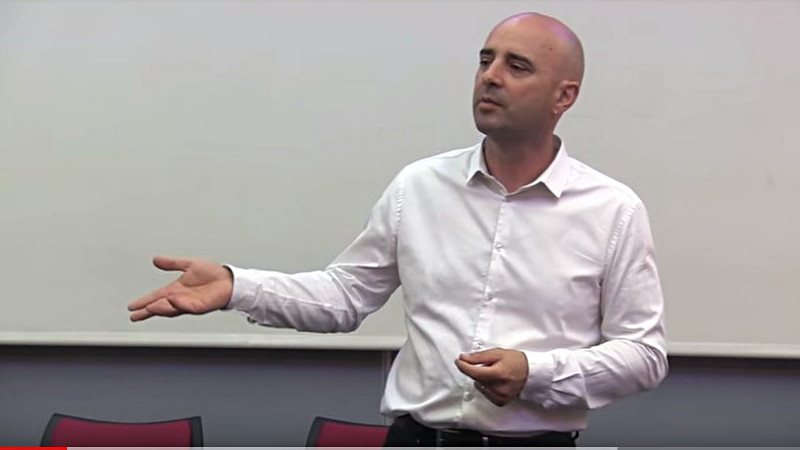 Vidéo PNL et Hypnose : que choisir ?