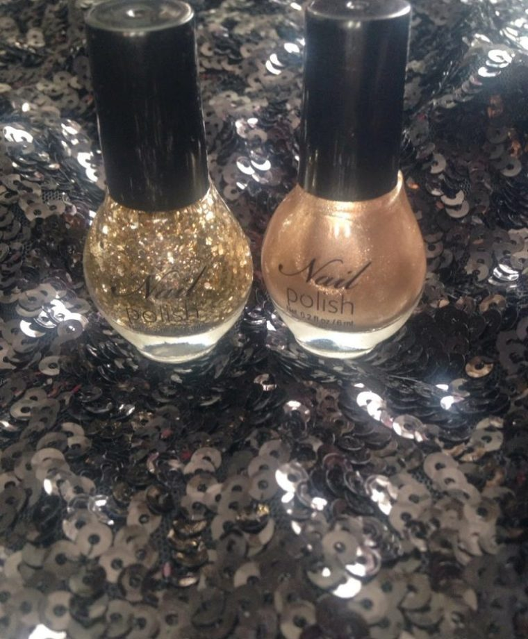 Inspire Magazine Online - UK Fashion, Beauty & Lifestyle blog | Nails Of The Week // H&M Nail Polish Duo in Gold