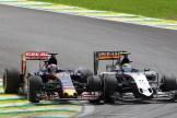 Max Verstappen (Scuderia Toro Rosso, STR10) and Sergio Pérez (Force India F1 Team, VJM08)