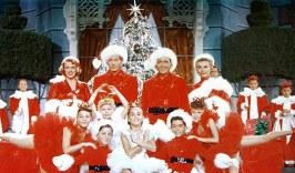 La Navidad en estyados Unidos fue descristianizada con elementos como Santa Claus, la nieve y el jolgorio.