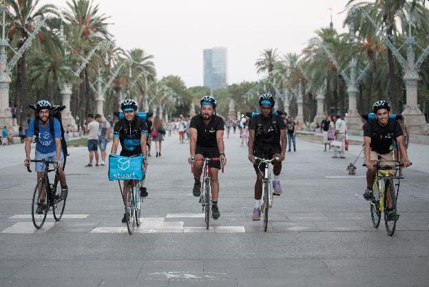 Stuart mensajeros independientes Barcelona y París