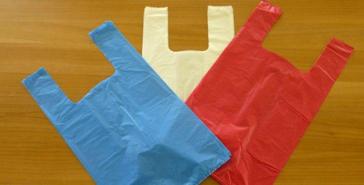 Πόσο θα πληρώνουμε τις πλαστικές σακούλες από 1η Ιανουαρίου
