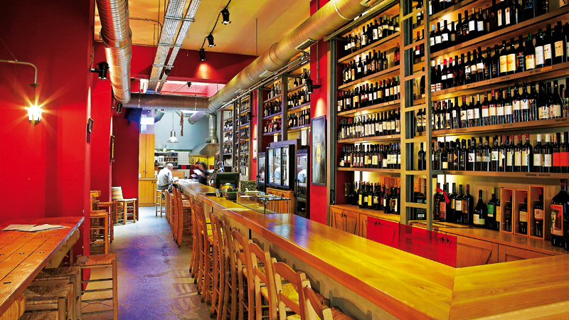 Έξι wine bars για ψαγμένο κρασί στο κέντρο της Αθήνας