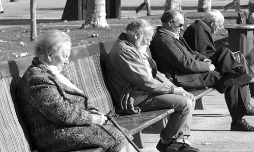 Resultado de imagen de envejecimiento de la poblacion