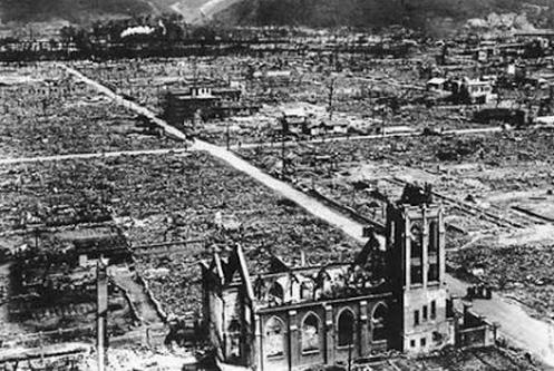 explosion de hiroshima iglesia