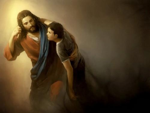 jesus lleva abrazado a un hombre