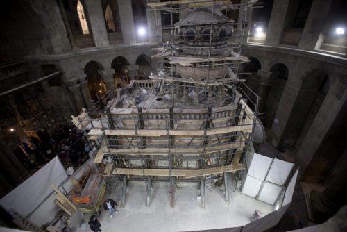 trabajo-de-restauracion-de-la-tumba-de-jesus-en-el-santo-sepulcro