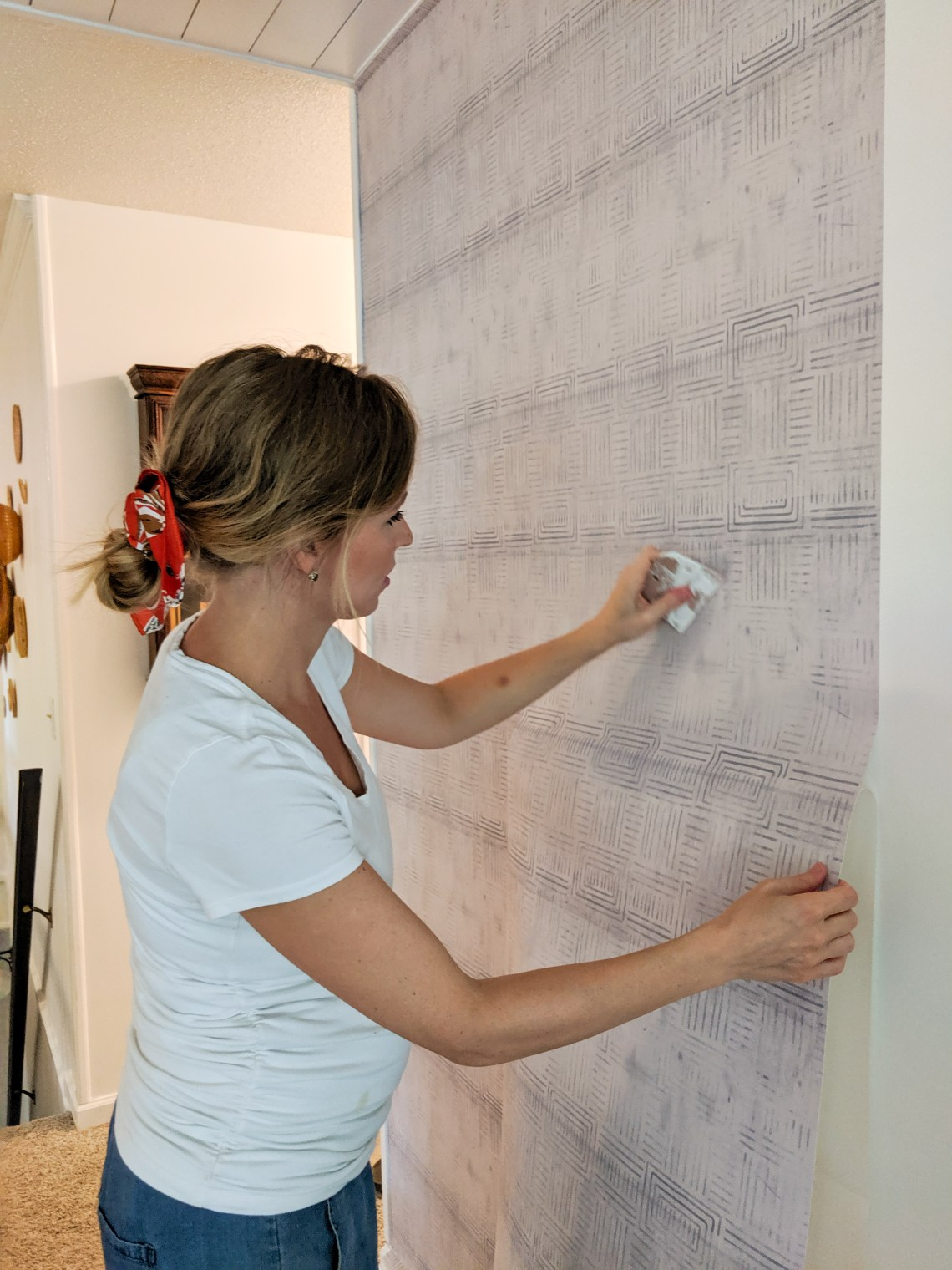 removable wallpaper install