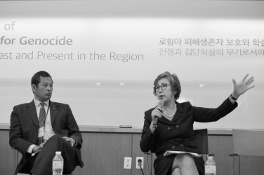 Prof Yanghee Lee makes a point strongly. Photo: Lee Yu Kyung · @leeyukyung