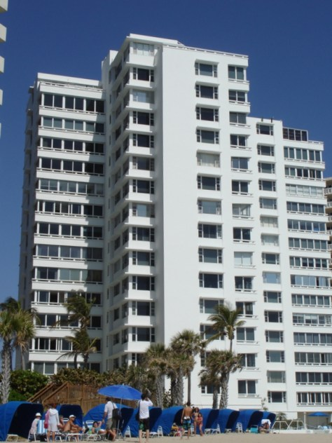 Edgewater Arms condominium Ft Lauderdale
