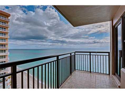 Ocean views from Galt Ocean Club Ft Lauderdale