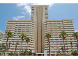 View of Playa Del Mar condominium here in Ft Lauderdale