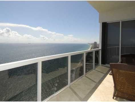 view from a luxury condo for sale in L'Hermitage Fort Lauderdale