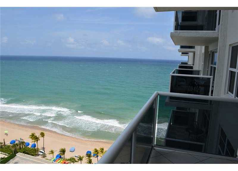 View from a condo here in Playa Del Sol - Fort Lauderdale