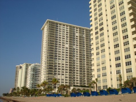 View of Galt Ocean Mile condos including Southpoint