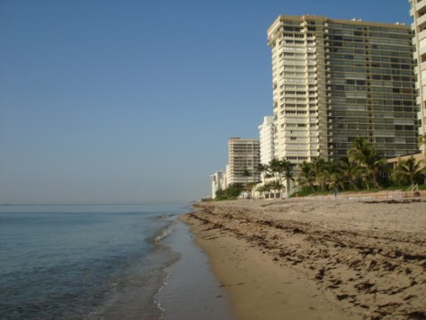 View of Galt Ocean Mile condos including Plaza South