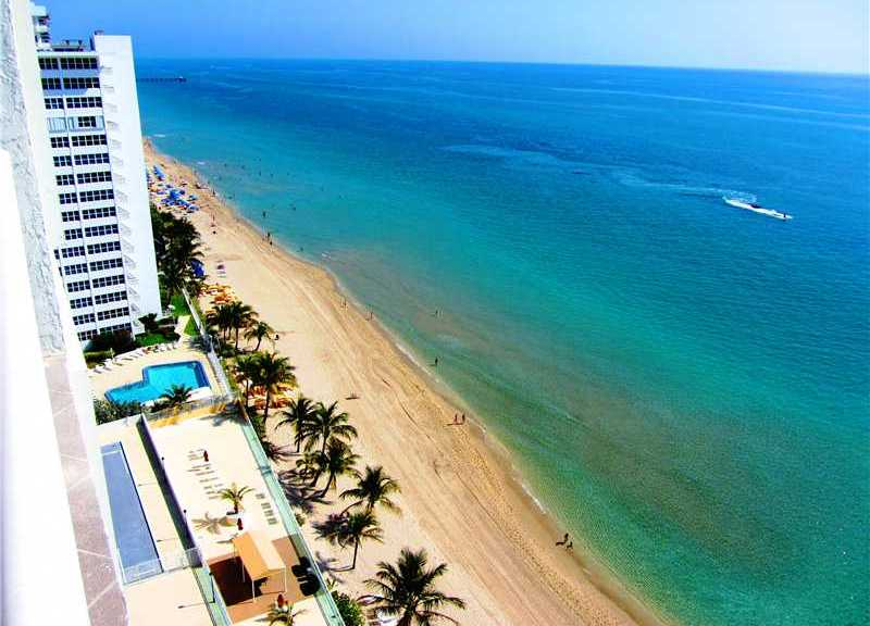 View from a Fort Lauderdale condo for sale here in Playa del Mar