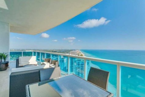 Look at this stunning view from this luxury Fort Lauderdale Penthouse sold in 2016