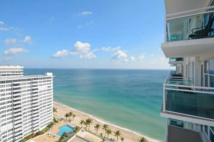 Views Fort Lauderdale condo for sale in Playa del Mar