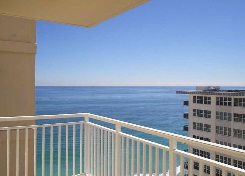 View of a Fort Lauderdale condo for sale in Regency Tower South