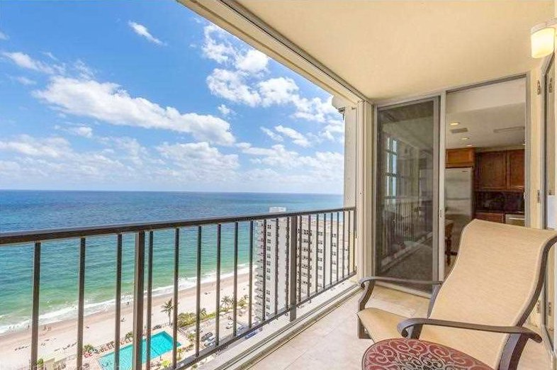 Direct oceanfront views from a Fort Lauderdale condo for sale in Plaza South