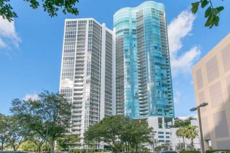 View of Fort Lauderdale condos for sale in Las Olas Riverhouse