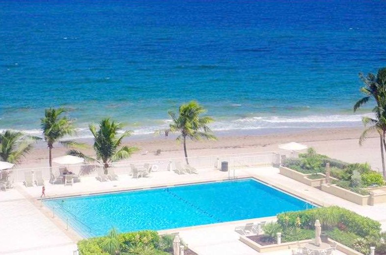 Ocean views Fort Lauderdale condo for sale in Plaza East